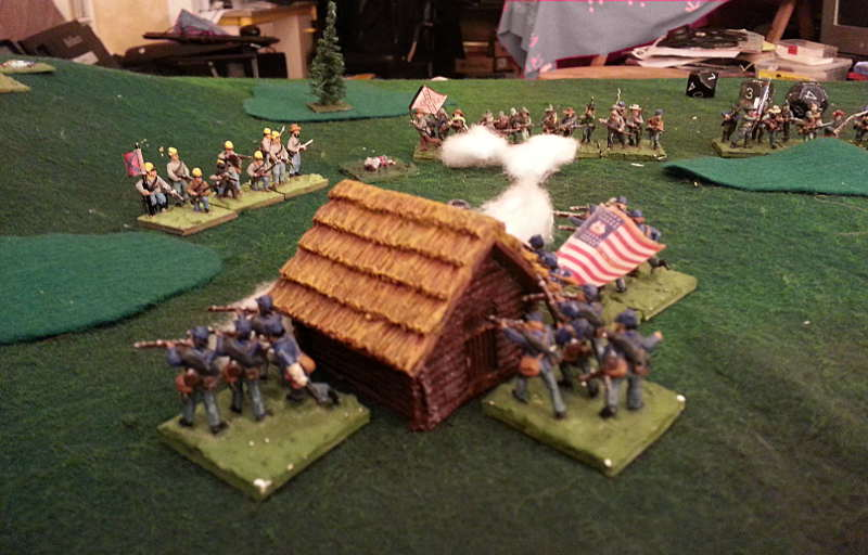 ( The late enemy brigade went on the right time, although Luc had bad dice - for once ! One regiment will try to stop them )